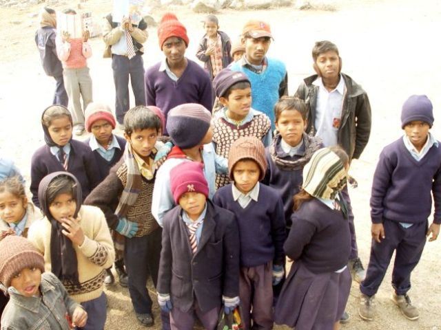 Nepalische Schulkinder in LoGi-City